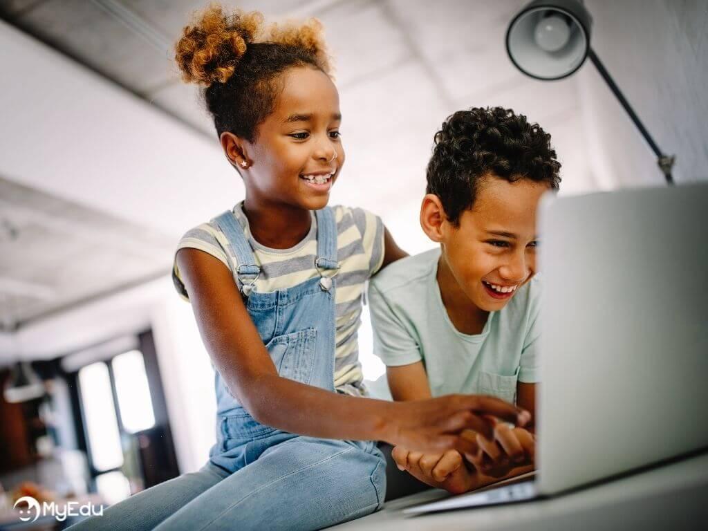 MyEdu_didattica digitale_bambino e bambina